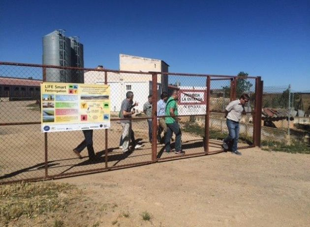 Monitoring expert visits the demonstration sites of Smart Fertirrigation project in Soria