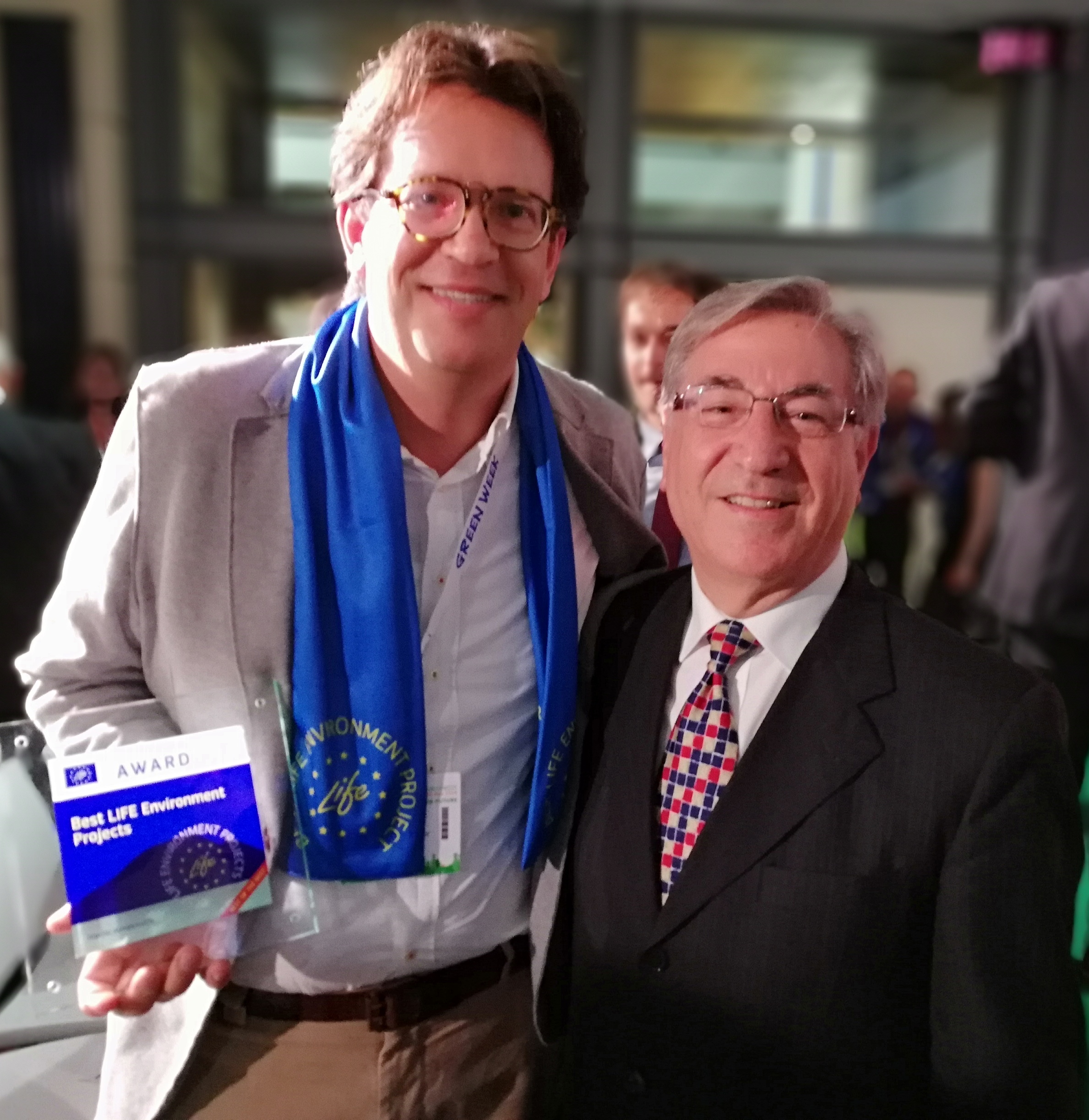 Commissioner Vella with Sven Kallen during Green Week celebration of best European LIFE projects Crops for Better Soil